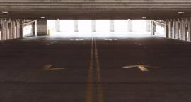 Jest umowa na realizację nowego parkingu na Chłodnej